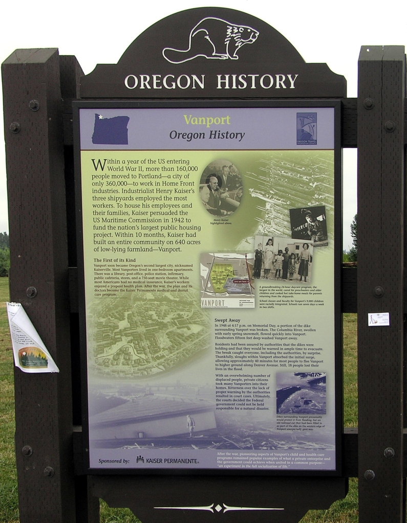 Vanport Historial Marker at the West Entrance to Delta Park
